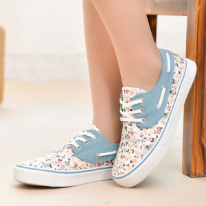 How To Buy The Right Perfect Women Shoes Online