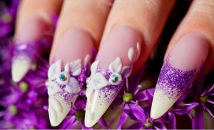 Finding the Best and Affordable Nail Artwork Online